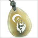 Amulet Brave and Protection Howling Wolf and Moon Good Luck Powers Natural Agate Wish Totem Gem Stone Pendant Necklace