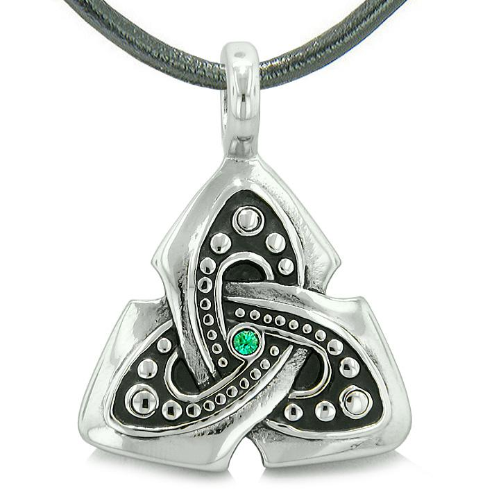 Ancient Tibetan Celtic Protection Knots Triquetra Symbol Powers Jewelry and Amulets