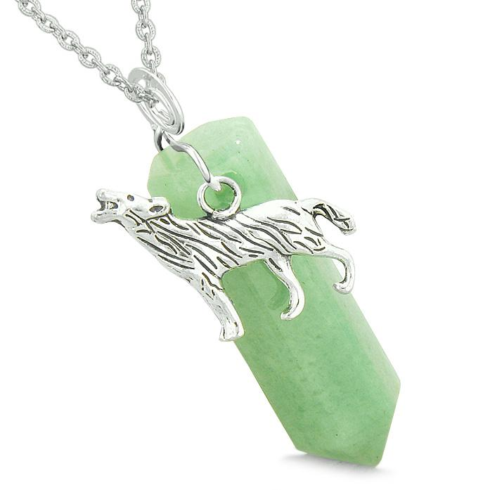 Courage Howling Wolf Protection Energy Amulet Lucky Crystal Point Green Quartz Pendant Necklace