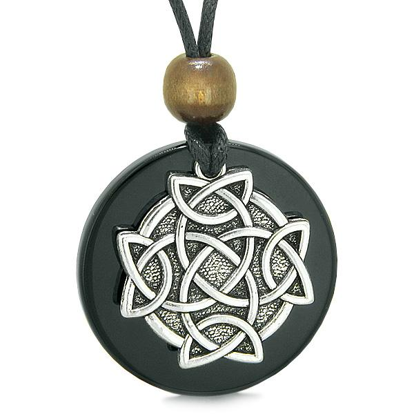 Celtic Shield Knot Protection and Magic Powers Amulet Black Agate Medallion Pendant Necklace