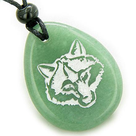 Lucky and Protection Wolf Head Amulet Green Aventurine Wish Stone Pendant Necklace