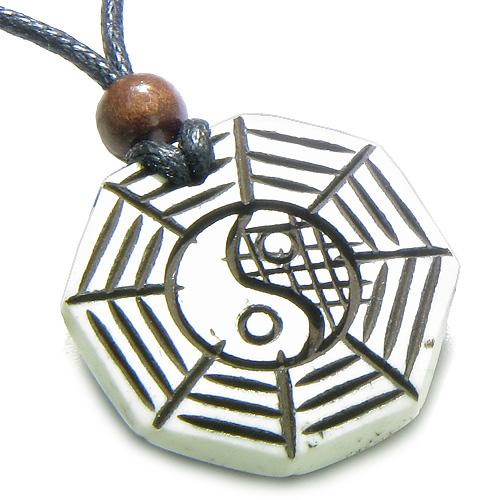 Amulet Original Tibetan Yin Yang BA GUA Balance Powers Magic Doublesided Pendant Necklace