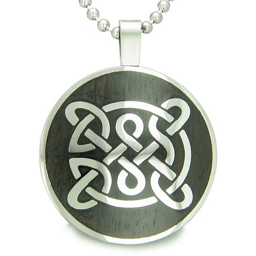 Life Protection Celtic Shield Knot Amulet Magic Wood Powers Amulet Circle Pendant Necklace