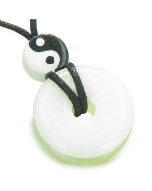 Amulet Double Lucky Yin Yang Donuts White Green Jade Gemstones Evil Eye ProtectiLucky Necklace