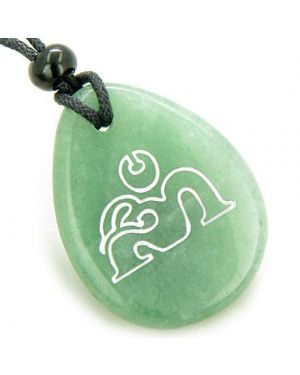 Magic Old Tibetan OM Symbol Amulet Green Aventurine Lucky Wish Stone Pendant Necklace
