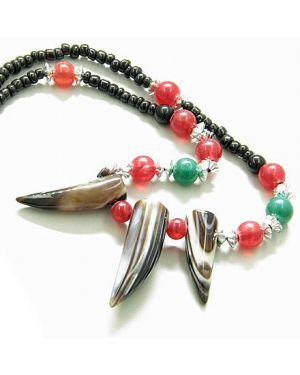 Good Luck Talisman Three Italian Horn Natural Agate Necklace