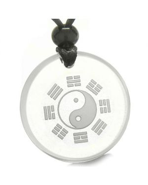 Amulet Yin Yang BA GUA Eight Trigrams Magic ProtectiCrystal Quartz Medallion Necklace